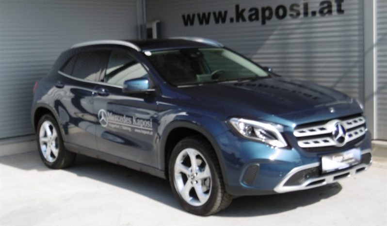 Mercedes-Benz GLA-Klasse X156 GLA 200 d 4MATIC voll