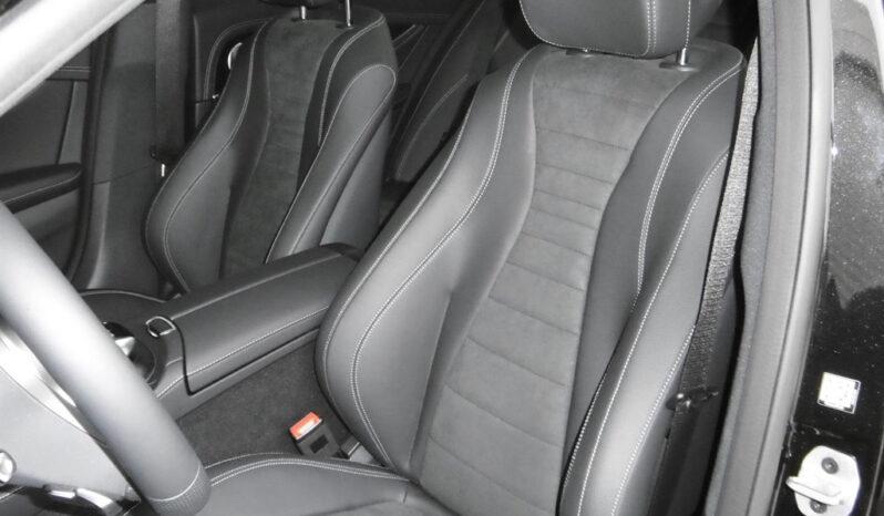 Mercedes-Benz E 300 de Limousine voll